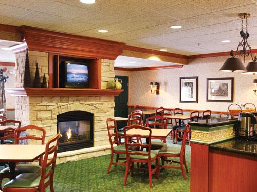 Country Inn Suites Bloomington West Hotels In Bloomington Mn