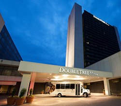 DoubleTree by Hilton Bloomington South