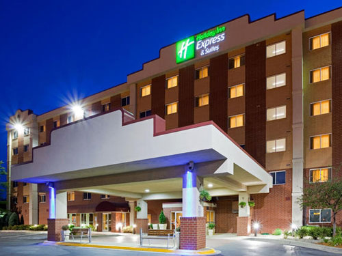 Holiday Inn Express & Suites Minneapolis Airport / Mall Area
