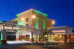 Holiday Inn South 250x166