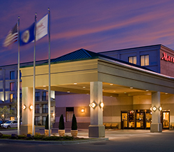 minneapolis airport marriott offer