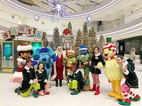 Image courtesy of Mall of America. Santa's arrival at MOA.