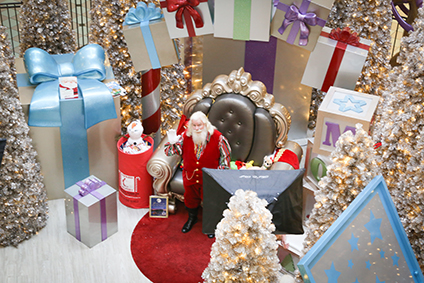 photos with santa at mall of america - Mall Of America Christmas Decorations